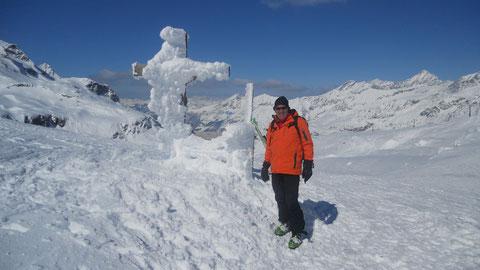 Am Alpenhauptkamm , im Hintergrund das Kitzsteinhorn bei Kaprun