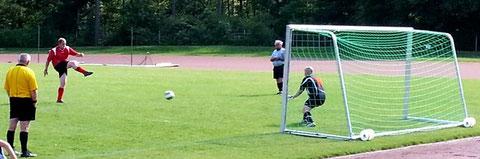 Fußball Dorfmeisterschaften Feuerwehr Martin Dobler