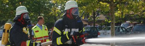 Angriffstrupp bei der Brandbekämpfung