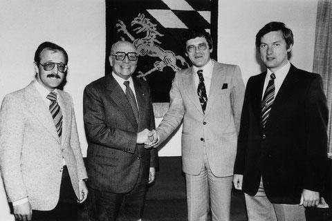 Vilshofens Macher 1978 von links: 2. Bürgermeister Hans Gschwendtner - Passaus Oberbürgermeister Dr. Emil Brichta        - Vilshofens 1. Bürgermeister Dr. Rainer Kiewitz - CSU-Orts- und Fraktionschef Dr. Klaus Rose