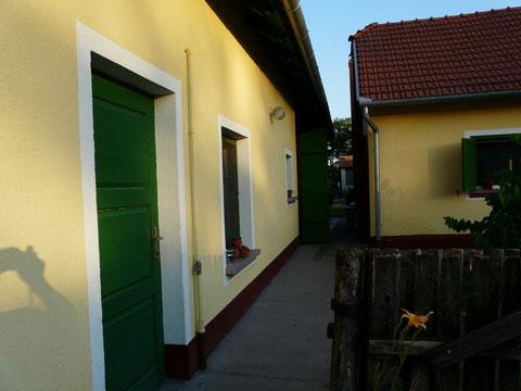"""Ferienhaus """"Loft mit Sauna"""" und Wohnhaus - Richtung Terasse"""
