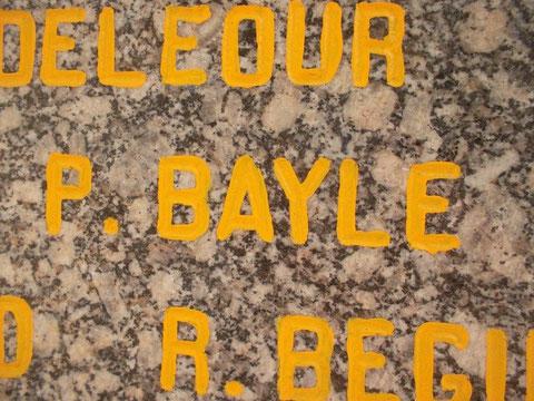 Le nom de Pierre Bayle sur le même monument