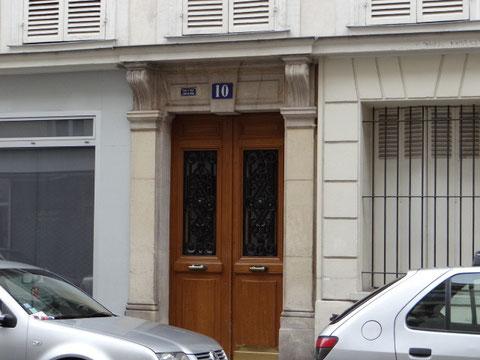 La porte de l'appartement de Dugnat à Paris