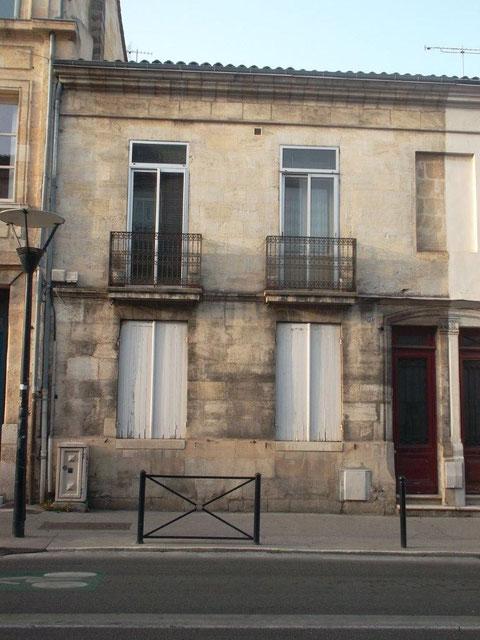 l'immeuble du 122 cours de la Marne où habitaient ses parents en 1945