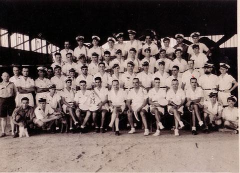 Bamako janvier-avril 1943 Joumas dans 2ème escadrille du GB I/63 1er rang assis 1er à droite
