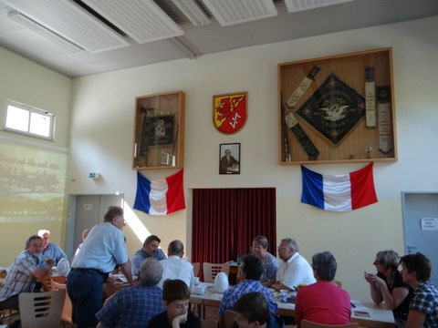 Réunion le 6 juillet 2013 dans la Maison Communale de Löllbach avec les habitants
