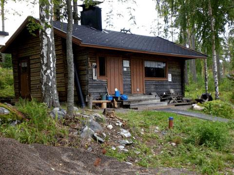Urige alte gemeinsame Blockhausauna 300 m vom Haus