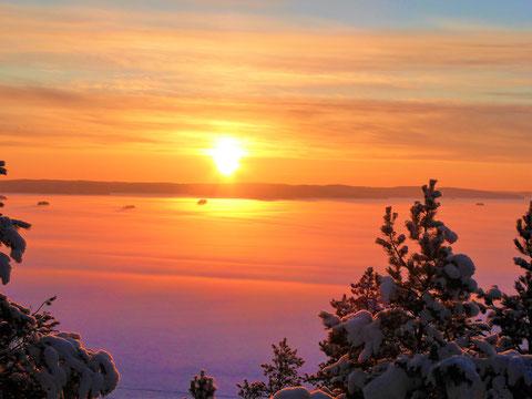 Sonnenuntergang Päijänne See Finnland Winter