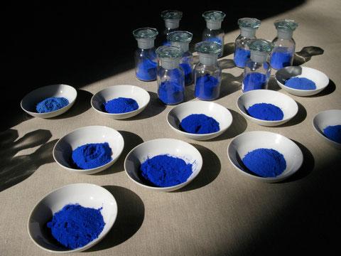"""Lapislazuli Pigmente aus eigener Produktion, verschiedene Qualitäten, Lapis """"Absolue"""" bis #10"""