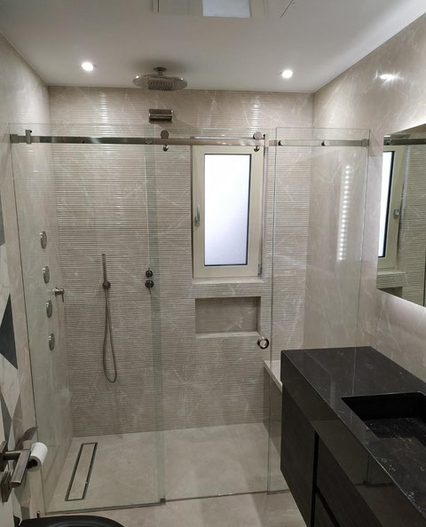 καμπίνες ντουζιέρας, καμπίνες μπανιέρας Αργυρούπολη-Ελληνικό-Ηλιούπολη-Τερψιθέα-Γλυφάδα. Τζάμι για το μπάνιο, γυαλί για το μπάνιο. Καμπίνες μπάνιου Άγιος Δημήτριος