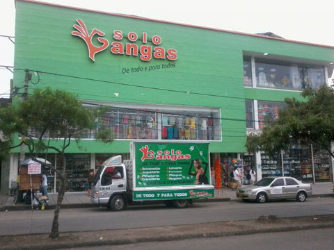 SOLO GANGAS ACTIVACIÓN CON  ARTISTAS EN TARIMA
