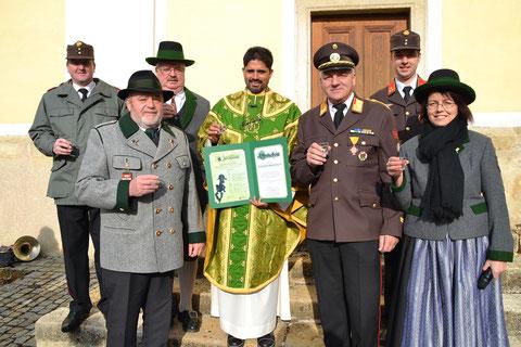 Zum runden Geburtstag gratulierten unter anderem die MMK Kaindorf, der ÖKB Kaindorf, die FF Kaindorf und die FF Tiefenbach