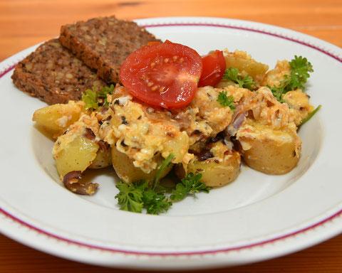 Bratkartoffeln Rezept, Schnelle Gericht, Camping Küche, Einfache Küche für Unterwegs