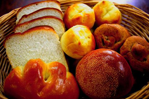 かもめパンの100%天然酵母パンシリーズです