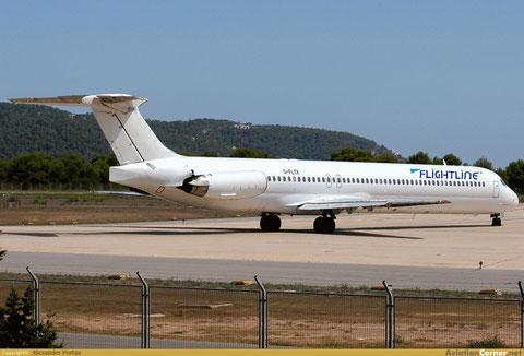 Eine farblich nahezu neutrale MD-80 der Flightline/Courtesy: Alexander Portas