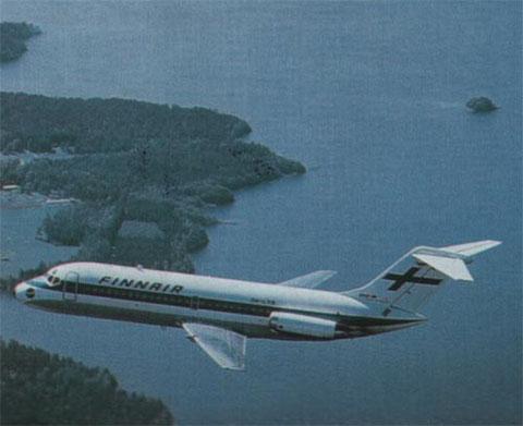 Traumhaftes Werbefoto einer DC-9 über Finnlands Seenlandschaft/Courtesy: Finnair