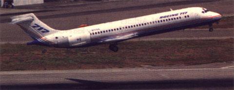 Die Boeing 717 hebt zum ersten Mal ab!/Courtesy: Boeing