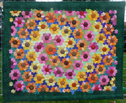 Swirl of Sunflowers Quilt (2013)