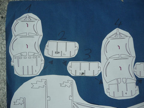 Das Kirigami Segel Schiff