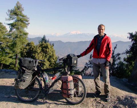 vor dem nepalesischen Himalaya