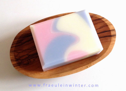 """Dancing Waves 
