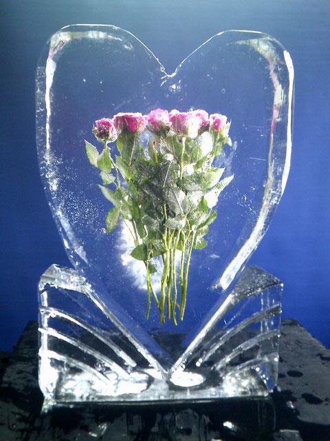 Hochzeitsdekoration Eisskulptur : Rosenherz