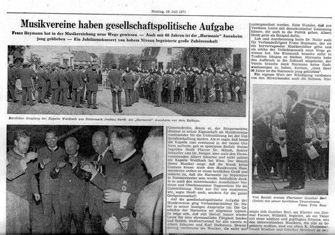 Ehrenkapellmeister Adolf Gruber (1. v. links) und sein Vater Karl Gruber Sen. (5. v. links)
