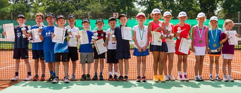 Sieger und Platzierte im Kleinfeld U7, U8, U9 und MidCourt U10 der Mädchen