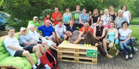 Die diesjährigen Teilnehmer am Schleifchenturnier des WSV Aschaffenburg nach »vollendeter Arbeit«.