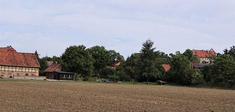 Hornburg heute - mit Blick auf das Burgschloss (rechts)