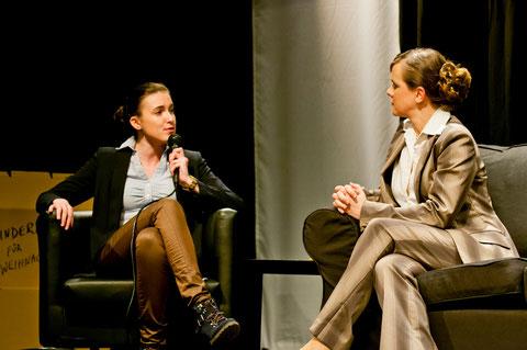 Sarah Pennisi, Ariane Raspe. Foto: Sina Weber