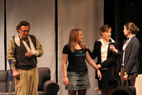 Dario Weberg, Carola Schmidt, Ariane Raspe, Sarah Pennisi. Foto: Birgit Ebbert