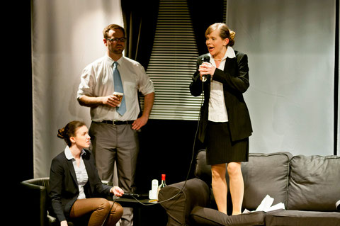 Sarah Pennisi, Stefan Peters, Ariane Raspe. Foto: Sina Weber