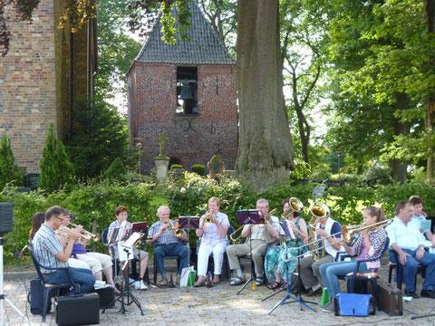 Der Posaunenchor beim Offenen Sommer-Singen