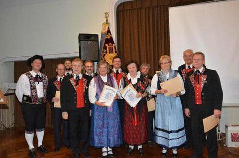 Ehrungen - 40 Jahre Mitglied - Trachtengruppe - 2014