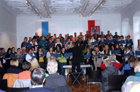 16. Sängerschulung Münnerstadt 2013 ( über 100 Teilnehmer ) mit Burkard Lutz