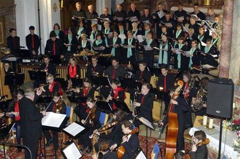 """Konzert """"Freut euch in aller Welt"""" - Leitung: Ernst Oestreicher - Kloster Altstadt Hammelburg - 191214"""