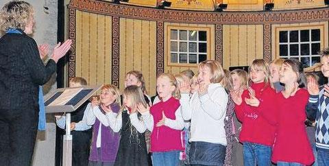 Kinder-Singkreis Burkardroth - Leitung: Sandra Metz  - Gruppenchorkonzert 17.10.10