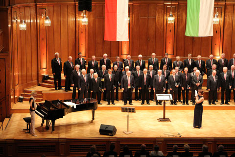 Konzert -10 Jahre - Landkreismännerchor (im Max-Littmannsaal) - Leitung: Ilona Seufert - 160917