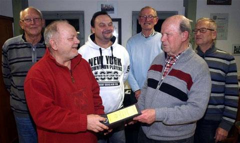 Vorstandswechsel beim MGV Ebenhausen - Klaus Peter übergibt an Stefan Istvan - 2016
