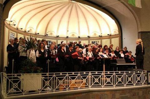 Sängerschulungschor Münnerstadt beim Gruppenchorkonzert 2014 - Leitung: Ilona Seufert