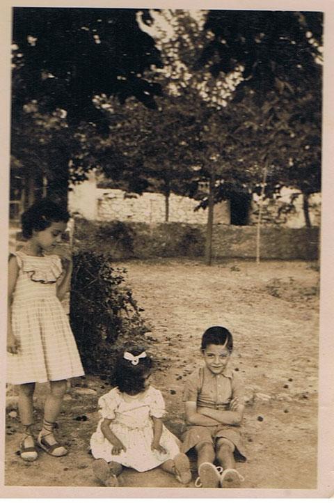 En Copons,con mi hermana y mi prima.
