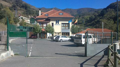 El Hotel Santa Cristina..En Pola de Lena.