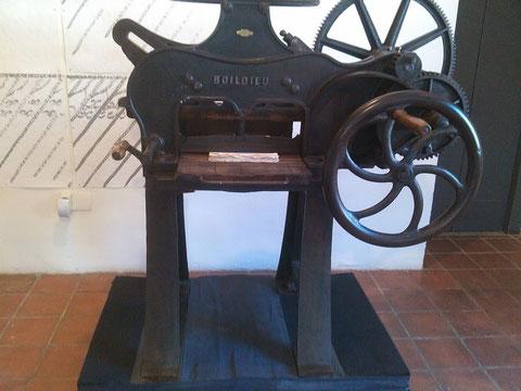 Una maquina que servia para serigrafia.