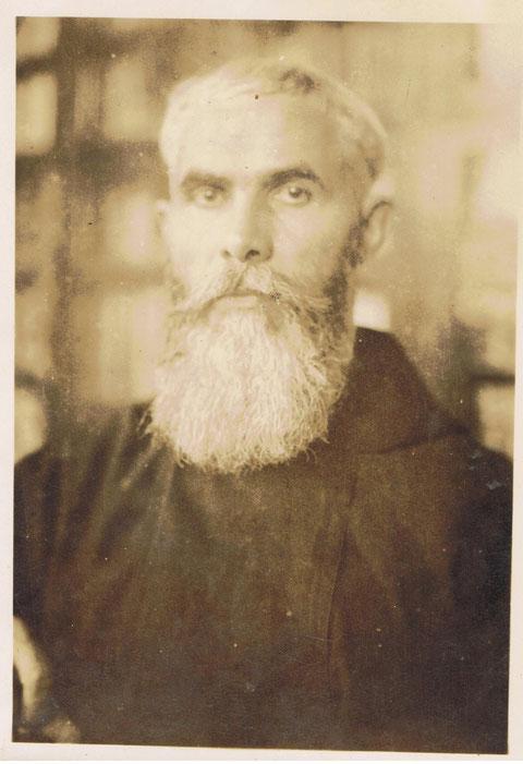 Otra foto del Padre JAIME,cuando vino a Igualada,para  visitarnos,y al poco tiempo de regresar a Colombia se murio.