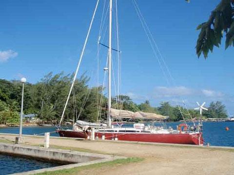 Tangaroa inaugure le Huahine Yacht Club