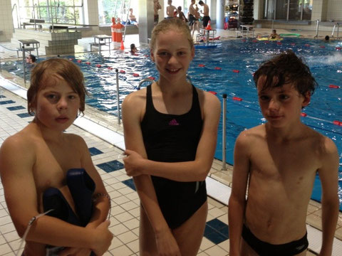 Die drei Aktiven mit der besten Trainingsanwesenheit: Raphael Laubenstein, Katharina Storz und Justin Undrat (von links)