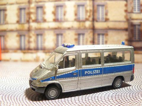 Mercedes-Benz Sprinter der Verkehrsüberwachung