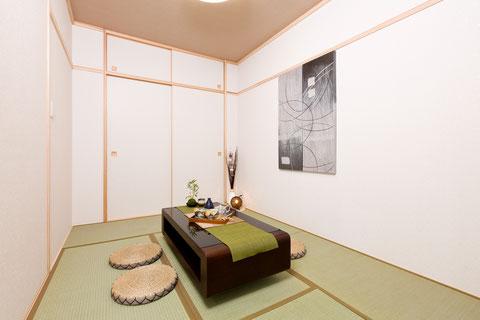 Japanese-style room 和室