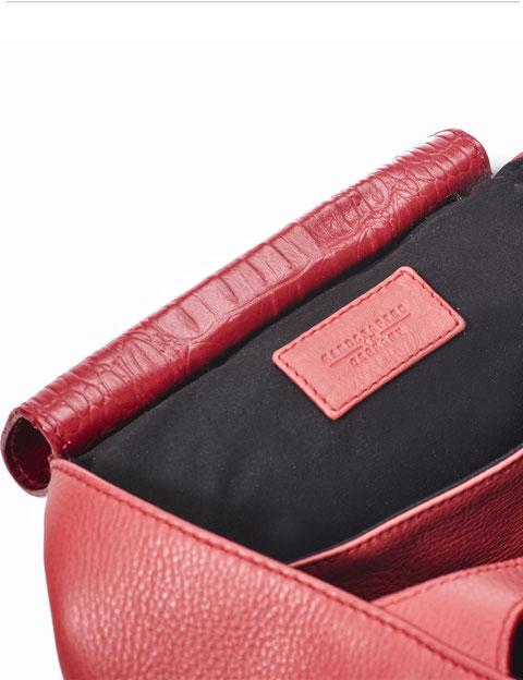 Lips Tote  I  OWA GERMAY Bags